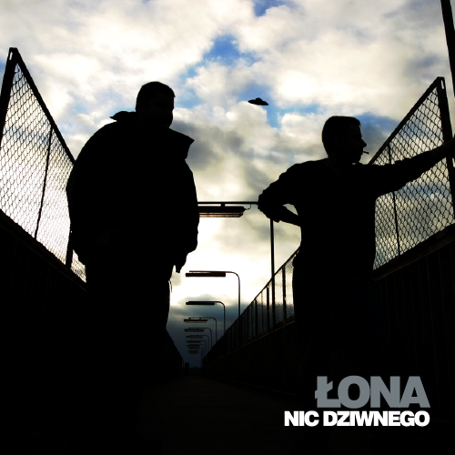 lona-webber-nic-dziwnego-frontcover.png